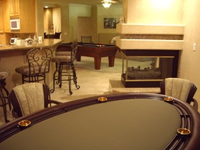 Poker table at Stardust Manor Las Vegas private mansion for WSOP